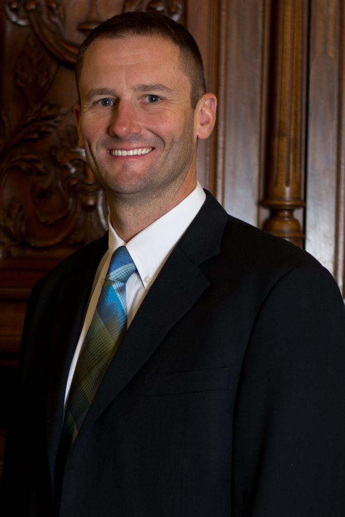 Business Attorney Brandon Weaver